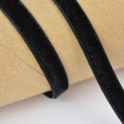 Ruban velours noir, 9mm, au mètre