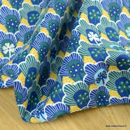 Tissu Popeline motif fleurs et écailles fond bleu et jaune - oeko tex