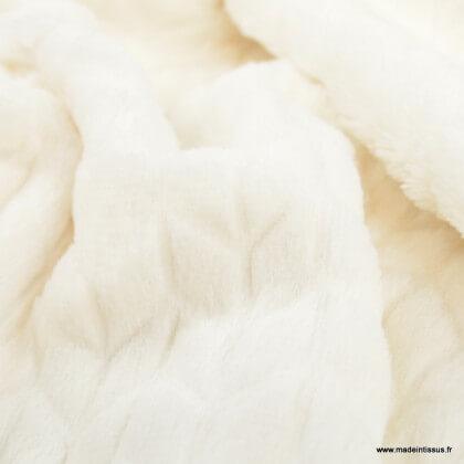 Tissu fausse fourrure chevrons blanc cassé
