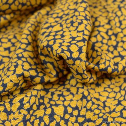 Tissu Jersey de Viscose motif petites tâches ocre