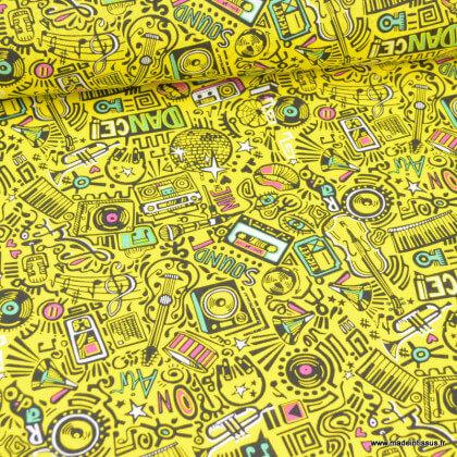Tissu coton Dance motifs cassettes, enceintes micro années 80 - Oeko tex