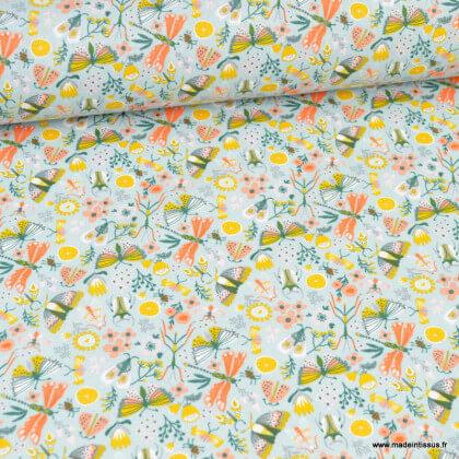 Tissu coton Neverland motifs fleurs et animaux fond céladon - Oeko tex