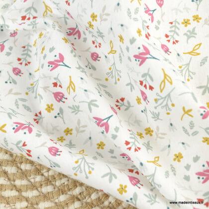 Tissu Azra en coton Bio motifs fleurs et feuilles fond blanc - Gots & oeko tex