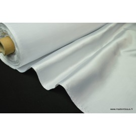 Satin doupion duchesse polyester blanc .