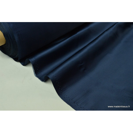 Satin doupion duchesse polyester marine .