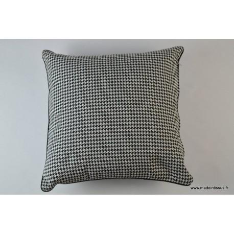 housse pour coussin 40x40 dessin noir et blanc pour d co. Black Bedroom Furniture Sets. Home Design Ideas