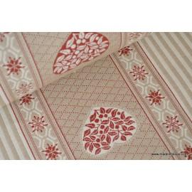 tissu montagne rayure coeur et flocon beige et rouge x50cm