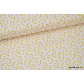 Popeline coton imprimé petites fleurs moutarde et rose .x1m