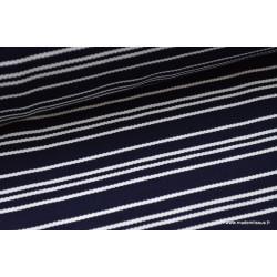 Tissu Maille lourde à rayures bleu marine et blanc .x1m