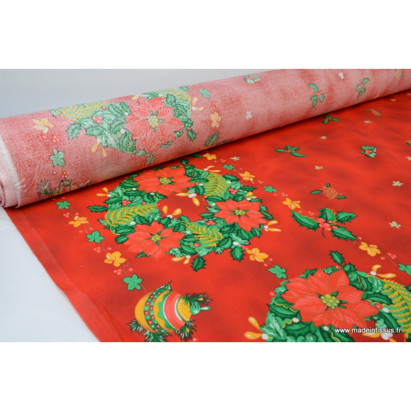 Nappe de noel traditionnelle rouge imprim e couronnes - Tissu de noel ...