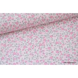Popeline coton imprimé fleurs roses et grises .x1m
