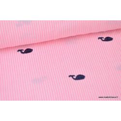 Tissu seersucker de coton rayé rose et blanc brodé  baleines marinex1m