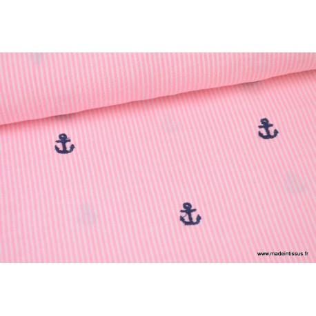 Batiste de coton rayé rose brodé d'ancres bleu marine